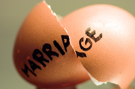 7 Reasons Marriage Is Falling Apart in America