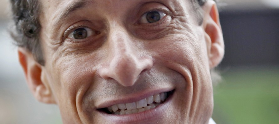 "Shocking Video: Weiner Caught calling GOP Rival ""Grandpa"" at heated Town Hall event"