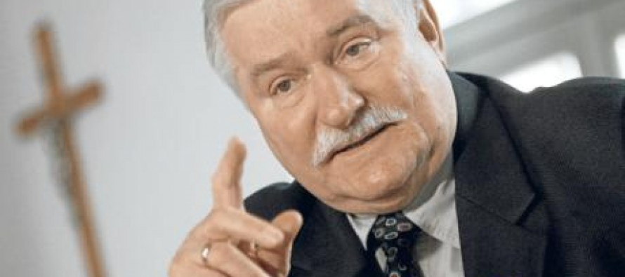 """Famous Anti-Communist Leader Lech Walesa: Because of Obama, """"America No Longer Leads The World""""…"""