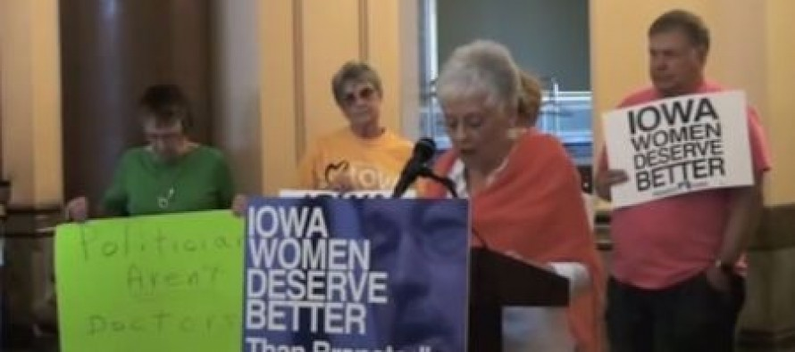 Video shows Iowa Democrats praying to God for abortion care