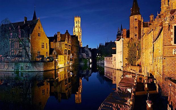 Bruges-night_2382110b[1]
