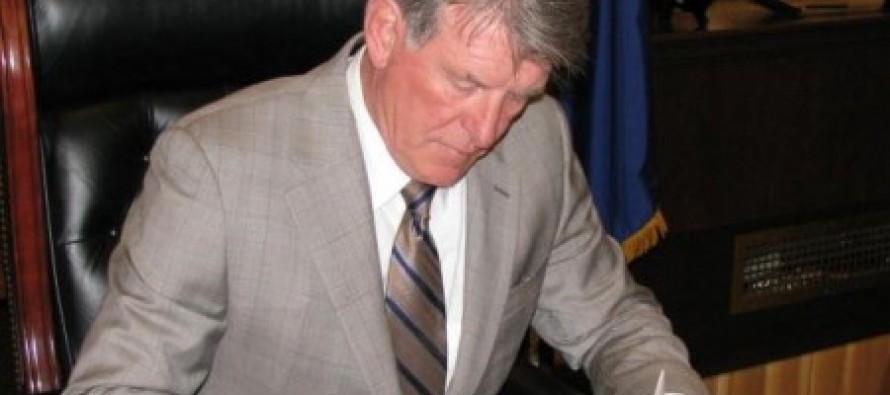 IDAHO- Governor Butch Otter Signs Legislation Nullifying All Future Federal Gun Control