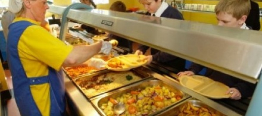 British Schools Ban Pork To Avoid Offending Muslim Students, Replaced With Halal Meat