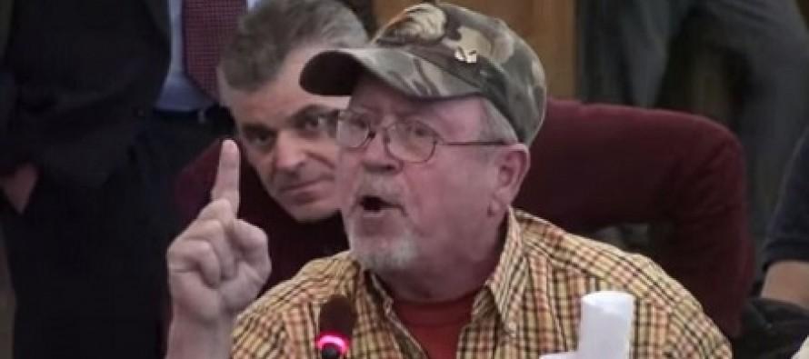 Army Veteran's Gun Rights Speech to Democrats Makes Crowd Erupt in Applause