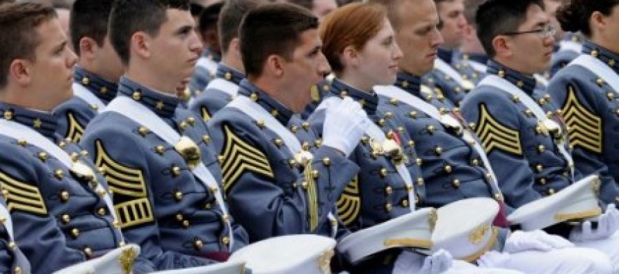 Less Than 25% of West Point Cadets Stood Up For Obama After He Was Introduced