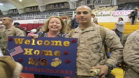 andrew-tahmooressi-with-mother