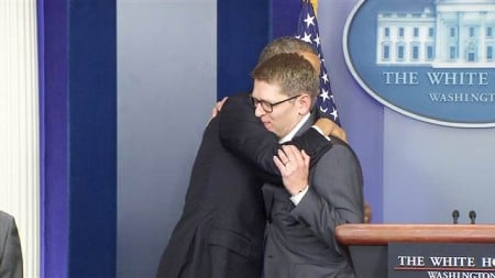 f_obama_carney_140530.nbcnews-video-reststate-6402