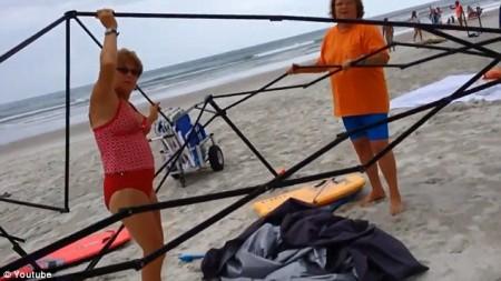 Women stealing canopy florida