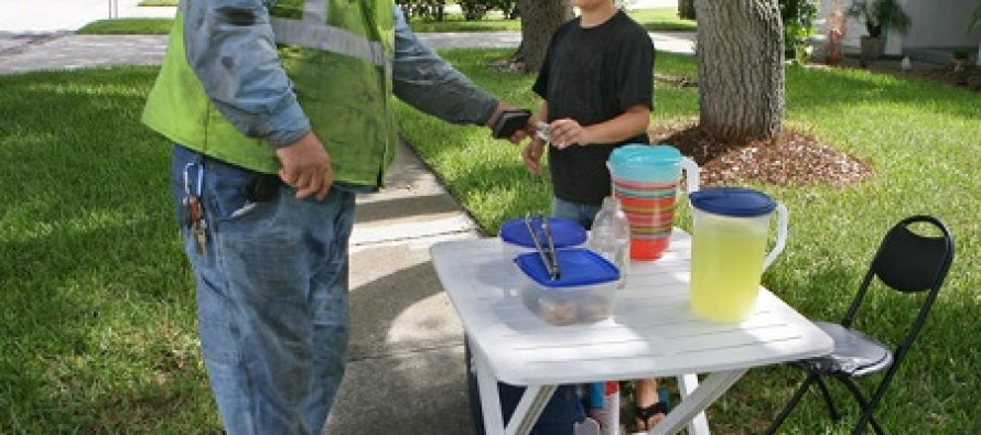 An Old Man Tried to Shut Down a Kid's Lemonade Stand, But it Backfired