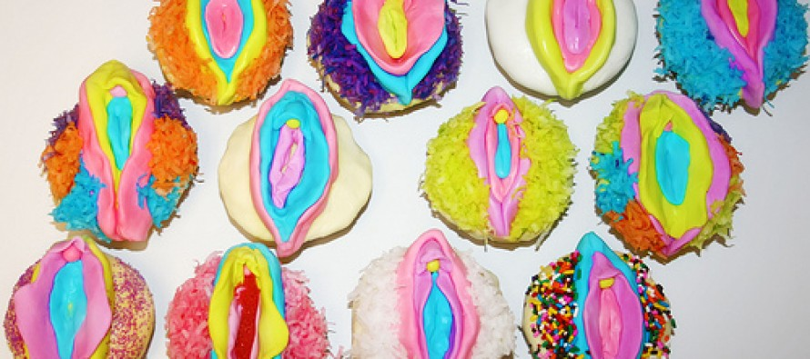 Mom Bakes Vagina Cookies for Second Graders, Freaks Out When Told They're Not Appropriate for Children