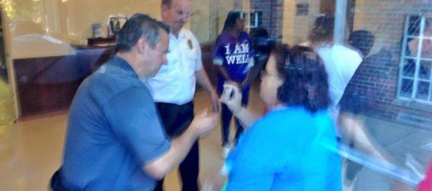 Most Transparent Administration Ever Bans Media, Demands ID and Shuts the Windows at Ferguson Townhall