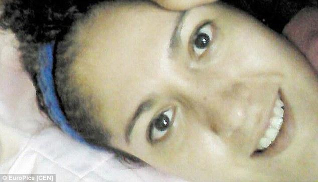 1413559139415_wps_60_Pic_shows_Fatima_Guzman_w