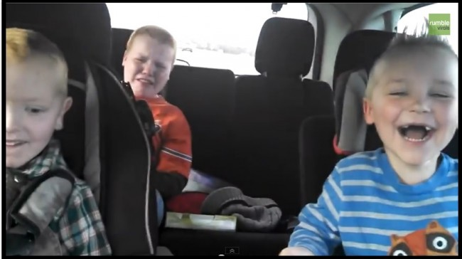 boys find out mom pregnant with twins