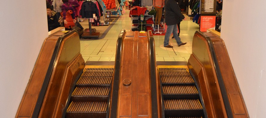 Girl's Foot Torn Apart on Macy's Escalator
