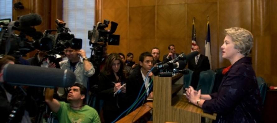 She Blinks:Houston Lesbian Mayor Annise Parker Drops Subpoenas Demanding Pastors Turn Over Their Sermons