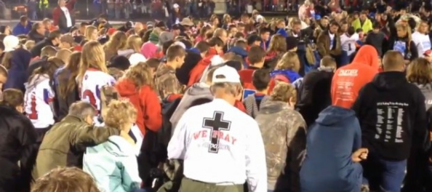Hundreds of Kids, Parents and Residents Pray on a High School Football Field After Atheist Attacks