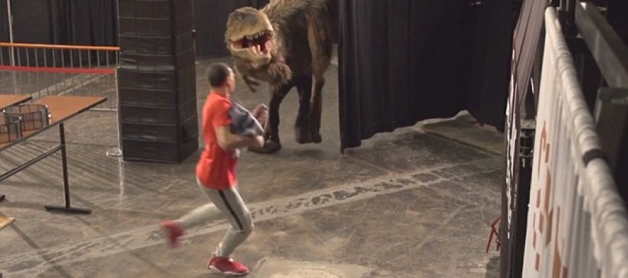 Fake dinosaur attacks terrify Phoenix Suns players in prank that goes viral
