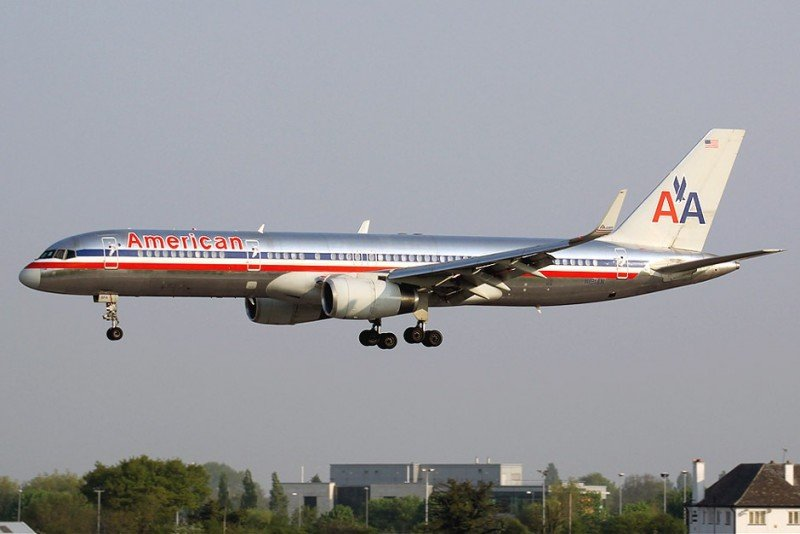 1200-upload-blog-d96-american-airlines-b757