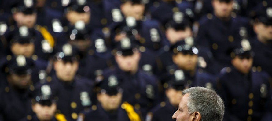 "VIDEO: ""Traitor!"" NYC Mayor Bill de Blasio Booed by New NYPD Officers at Academy Graduation Ceremony"