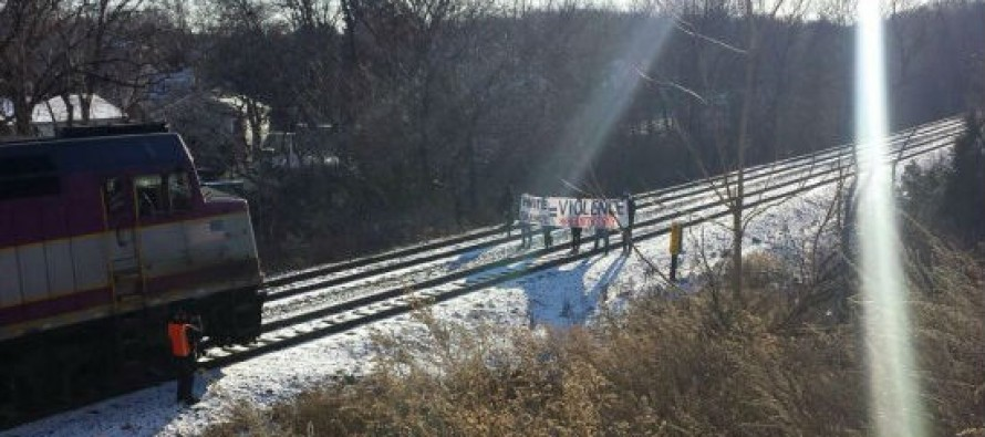 Train on the Way to Patriots Playoff Game Forced to Stop by Out-of-control #BlackLivesMatter Protesters