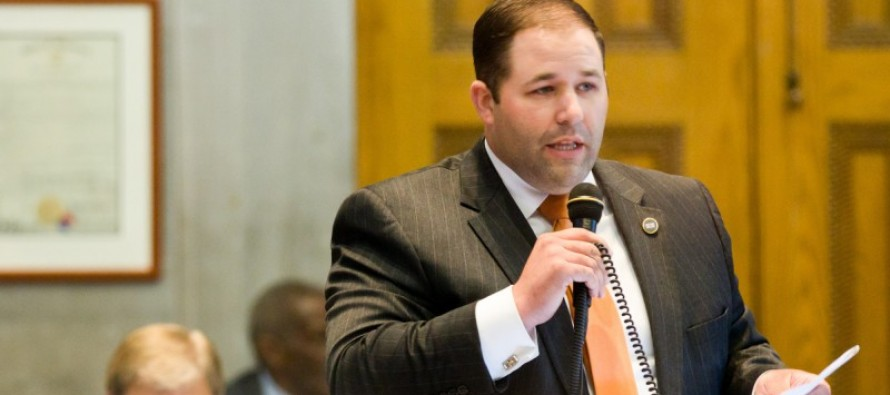 "Representative Andy Holt, (R-TN) : ""It's time to outlaw red light cameras"""