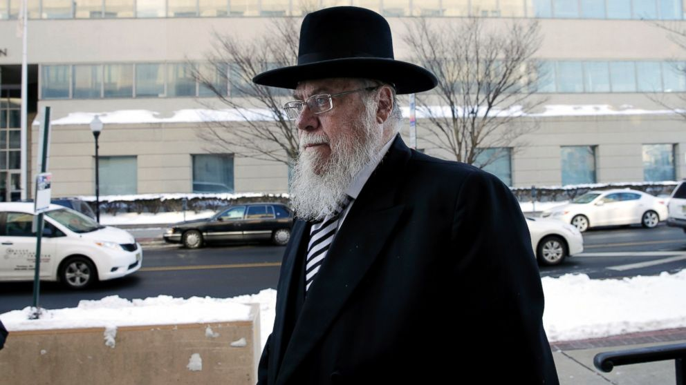 AP_rabbi_mendel_epstein_sk_150219_16x9_992