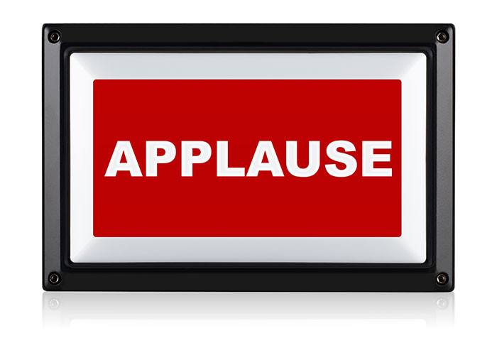 APPLAUSE-SIGN-LIGHT-700x500