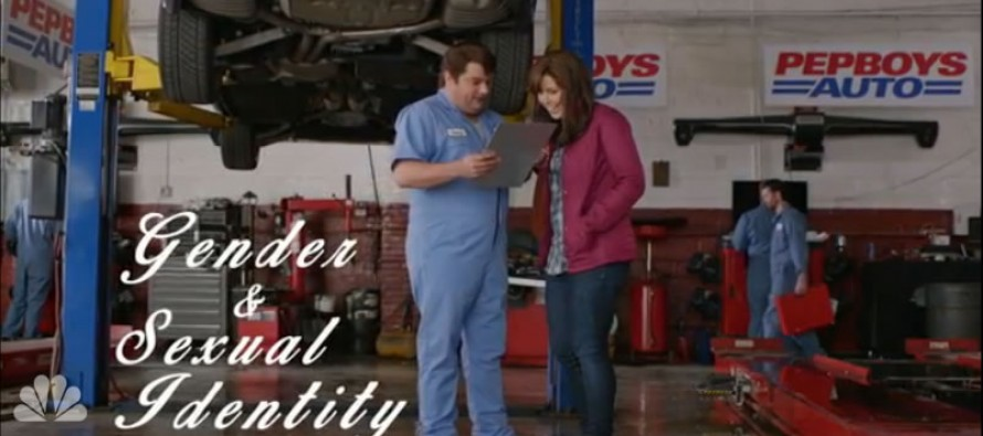 VIDEO: Priceless SNL skit spoofs Starbucks 'race together' disaster; talk sex with your mechanic