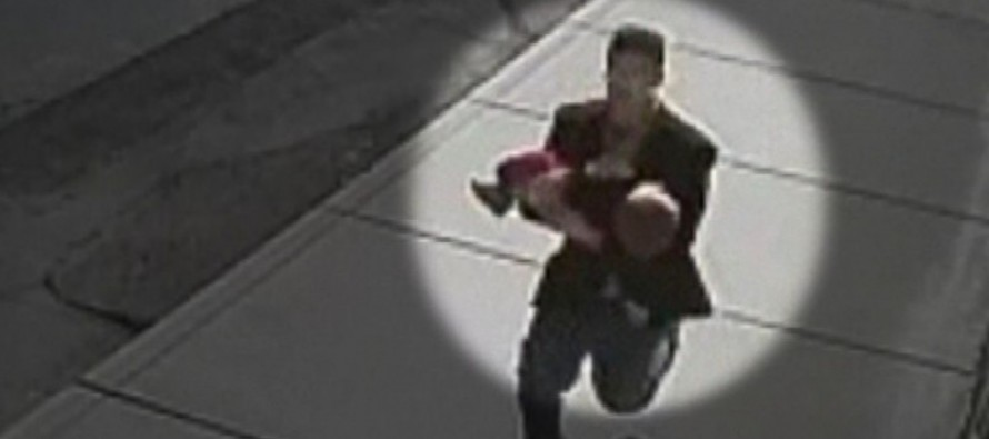 Child Predator Tries to Snatch a Toddler in Broad Daylight – But Two Brave Kids Have Another Idea
