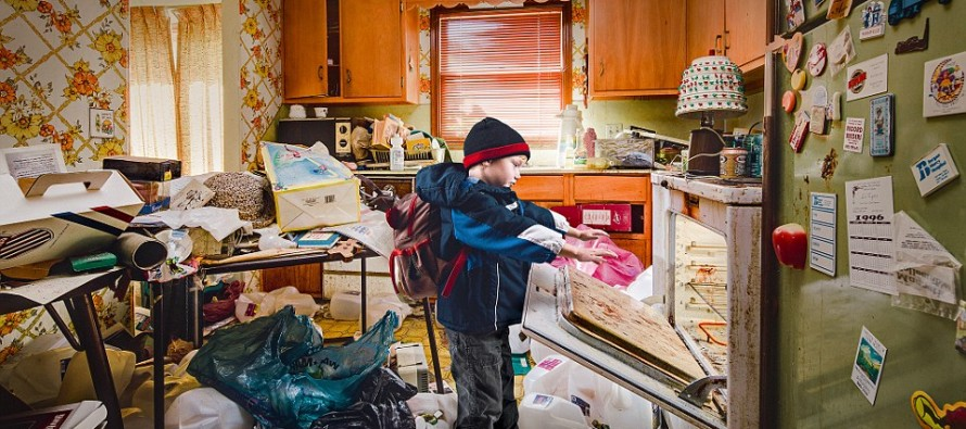 Photographer Revisits Trash-Ridden Childhood Home for the First Time in 20 Years