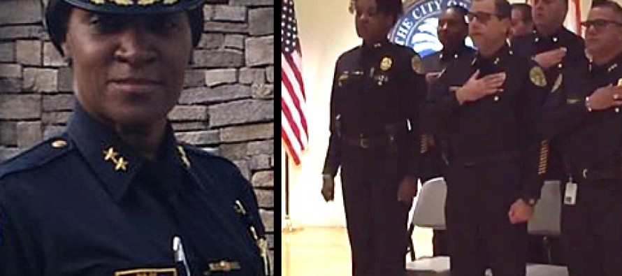 [VIDEO] During Pledge of Allegiance, Muslim Chief of Police Refuses to Salute Flag