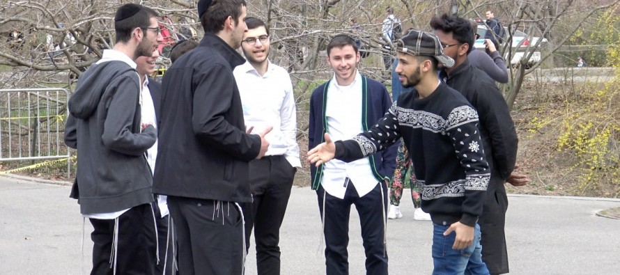 [HILARIOUS VIDEO] YOU ARE NOW MUSLIM PRANK!