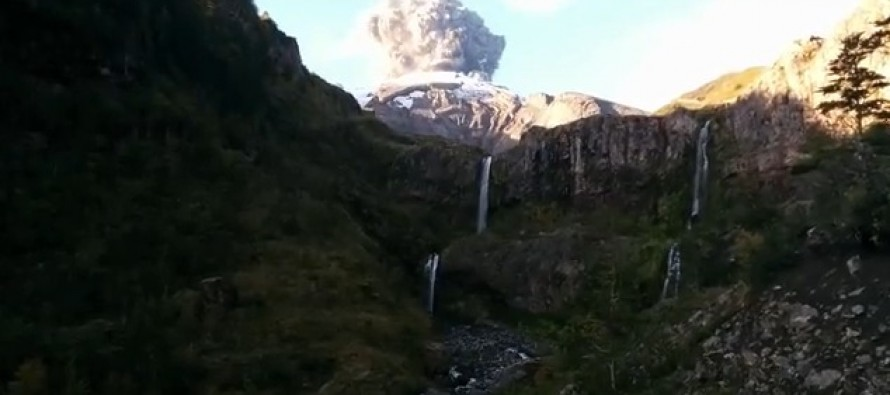 AWESOME VIDEO: Hiker Gets the Shock of a Lifetime When the Volcano He's Filming Erupts