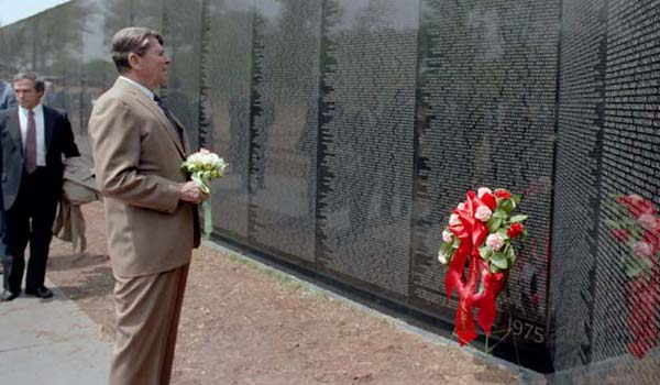 5/1/83 President Reagan Visit to the Vietnam Veterans Memorial Wall in Washington DC