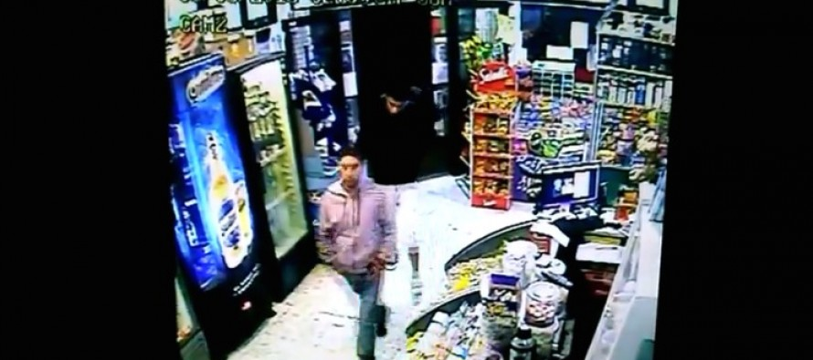 VIDEO: Store Clerk Bounces Two Thugs Right Out the Door for Trying to Rob Him