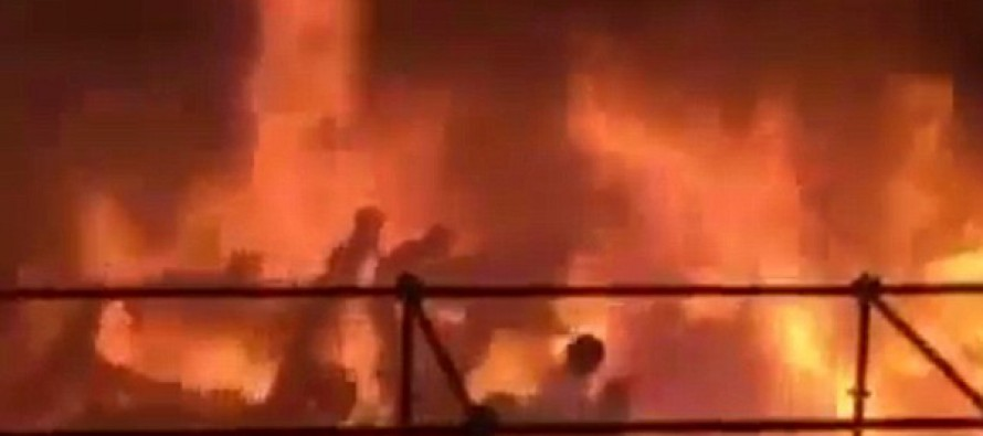 You won't believe how this happened! Hundreds of people are set on fire at Taiwan water park