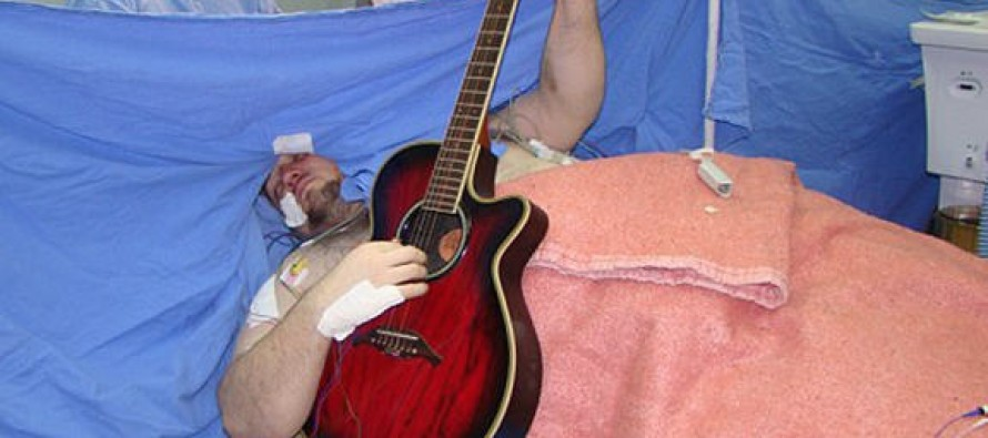 VIDEO: While Having Brain Surgery, This Man Played The Guitar At The Same Time