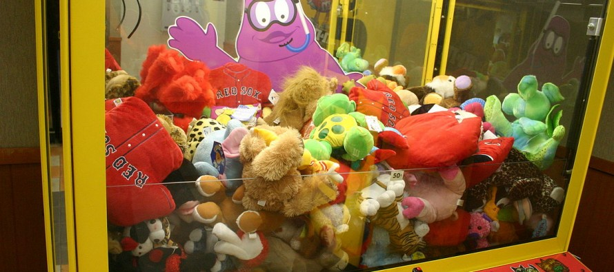 VIDEO: You Were Right — That Claw Machine Really IS Rigged!