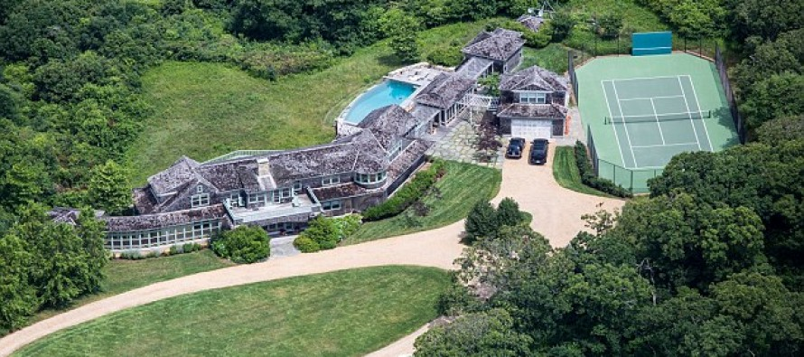 Inside the Obamas' $12 million vacation spot – A Martha's Vineyard 'cottage' [Video]