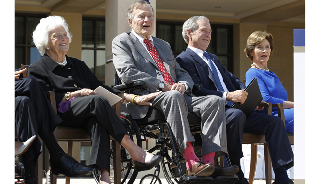 George H.W. Bush wears pink socks during dedication ceremony for George W. Bush Presidential Center in Dallas