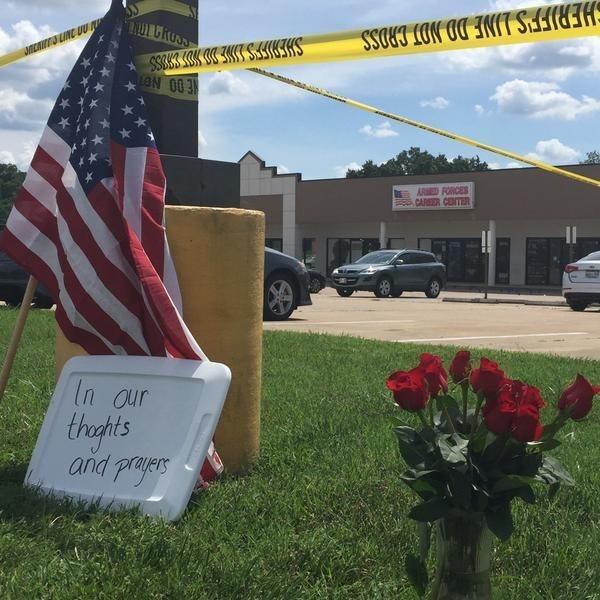 Chattanooga shooting: 4 Marines killed