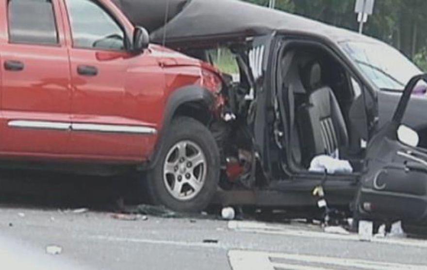 limo-longisland-crash