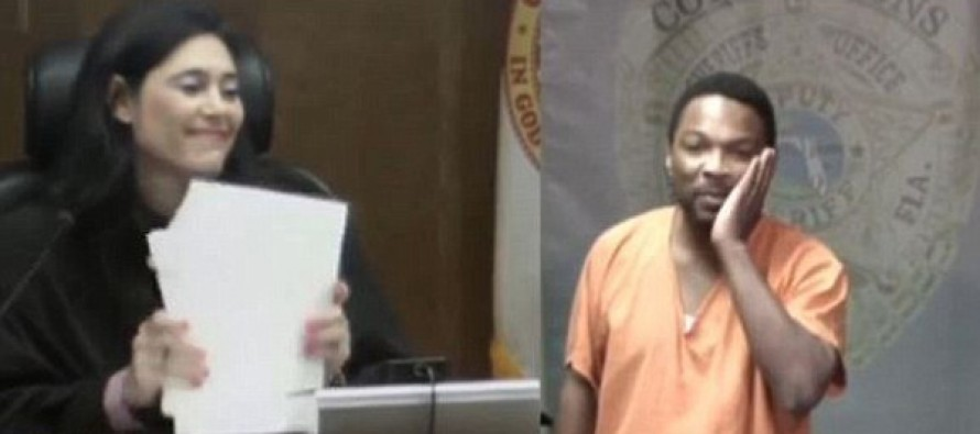 Burglar has breakdown when he realizes judge presiding over his case was his middle school playmate