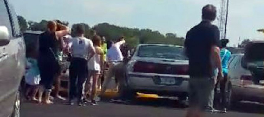 Heroic Mom Smashes Car Window to Rescue 2-Year-Old Girl Locked Inside in 100F – And is Then Confronted by Owner 'Who Was More Concerned About the Damage to His Vehicle'