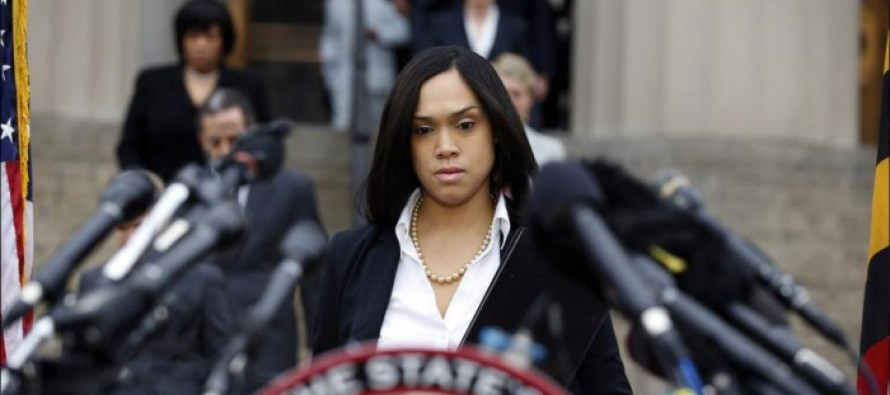 Defense files misconduct charges: Freddie Gray previously tried to injure himself [Video]