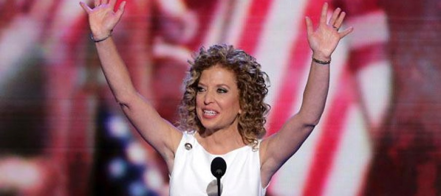 Wasserman Schultz doubles down on stupidity; receives POUNDING on social media [Video]