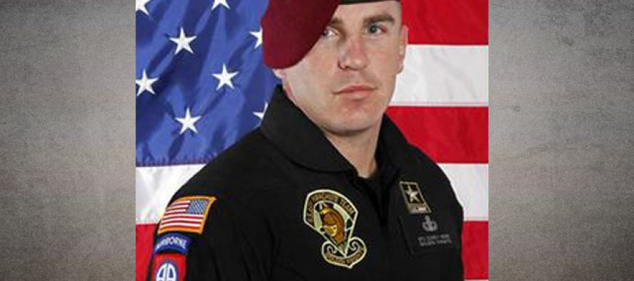 Skydivers Parachute Into the Funeral of an Army Hero Who Served 5 Tours of Duty [Video]