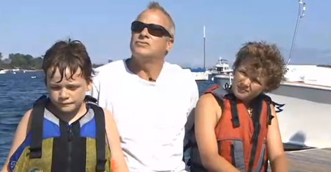 Boys Are Helplessly Watching Dad Stuck in Current When One Realizes Exactly Who They Need