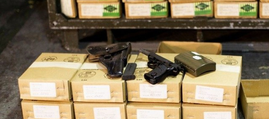 Obama Heads To Mexico To Discuss Taking Away American Gun Rights Via UN Treaty [Video]