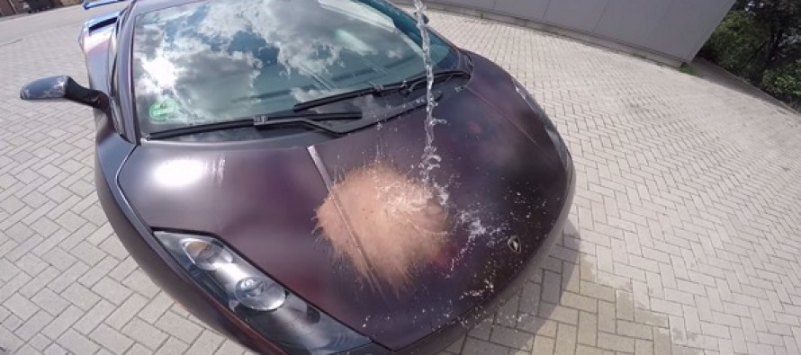 When a Man Splashes This Lamborghini with Warm Water, a Patriotic Surprise Is Revealed